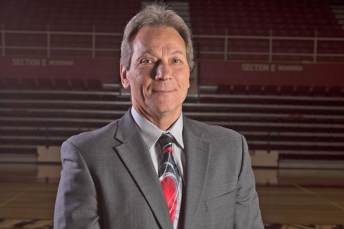Photo of women's basketball coach Dwight Gunnare.