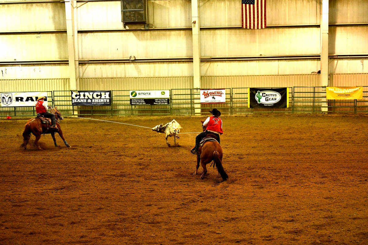 Photo of Casper College team ropers Wade Monnens and Owen Wahlert.