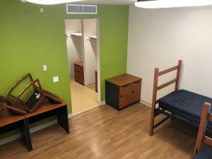 arrangement of furniture for moving out of dorm room